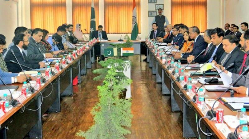 India-Pak hold cordial meeting