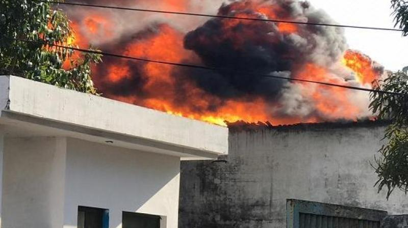 Massive fire breaks out in Mohali