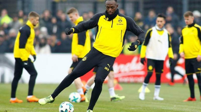 Bolt poised for surprise Football club