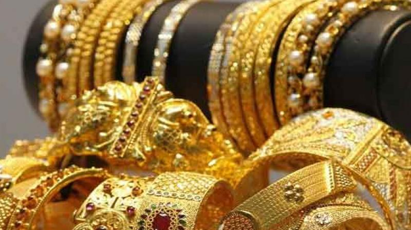 Gold climbs Rs 130 on festive demand