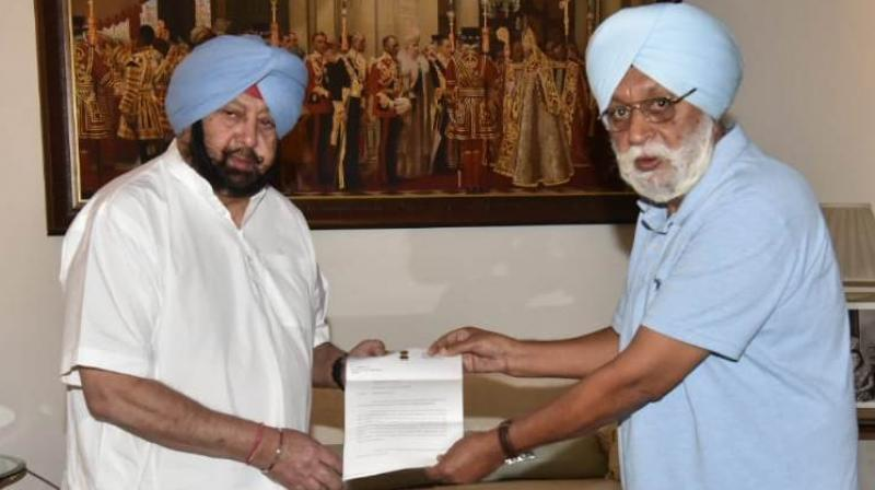 Justice (Retd.) Mehtab Singh Gill submitting his 11th Interim Report