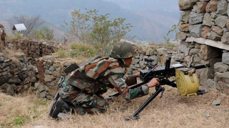 Pak opens fire at forward posts