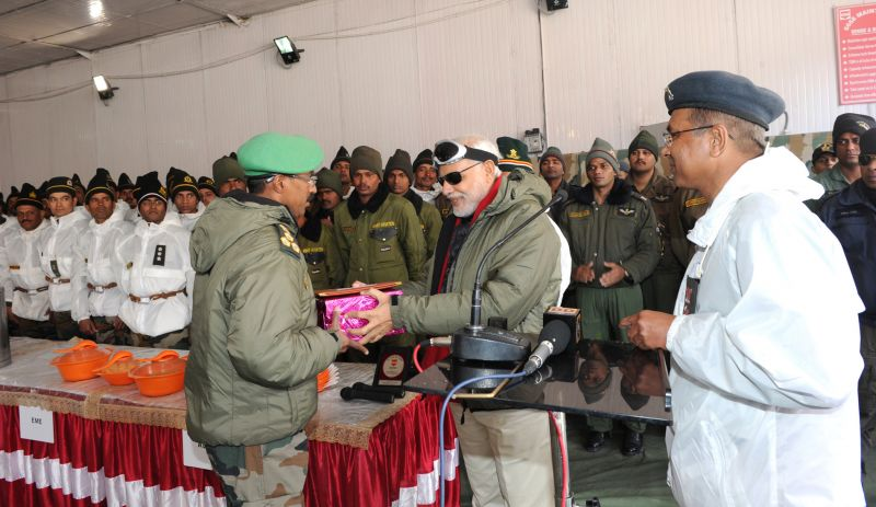 celebrate Diwali with Army and ITBP personnel
