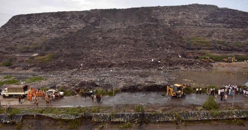 Ghazipur landfill site in Delhi