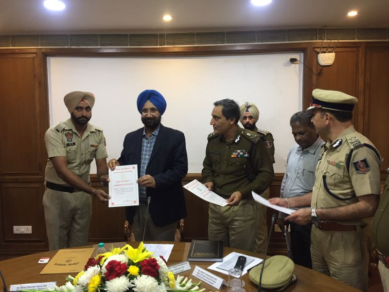 Awards commendation certificates to departmental staff for doing commendable work in recovering prohibited articles inside jails