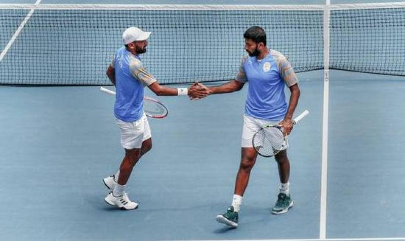 Rohan Bopanna (right) and Divij Sharan during the men's doubles semifinals