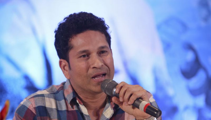 Sachin Tendulkar has criticised the use of two new balls in ODIs