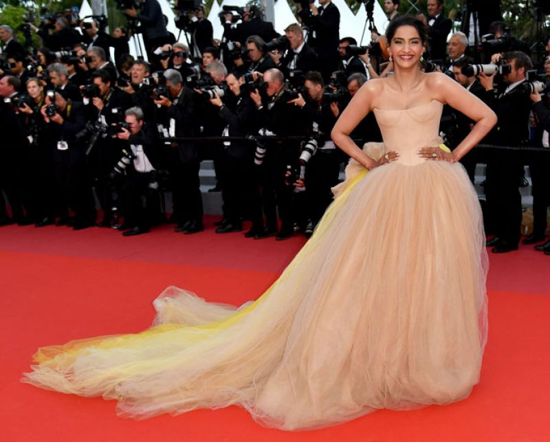 Sonam Kapoor opted for Vera Wang's couture gown