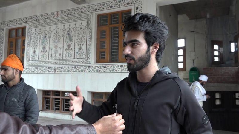 Spokesman talks to Kashmiri students