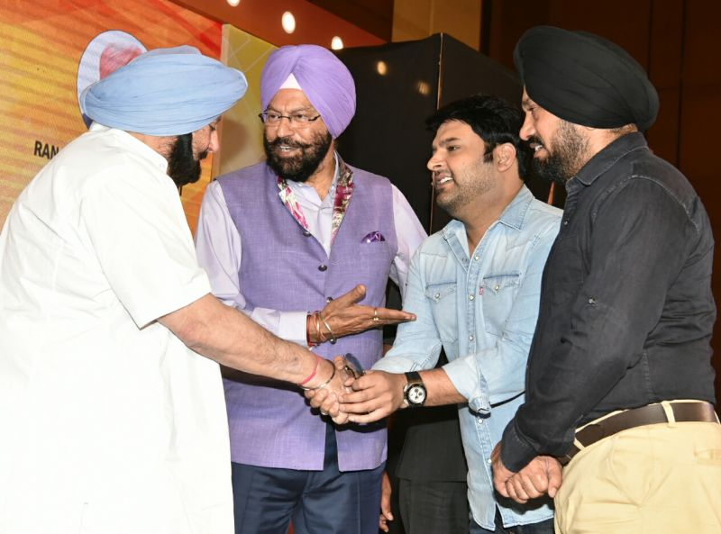 Amarinder Singh on Thursday presented the State Sports Awards, worth Rs. 15.55 crore, to 23 players in recognition of their outstanding performance
