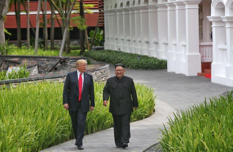 Donald Trump Kim Jong-un Singapore Summit Walking