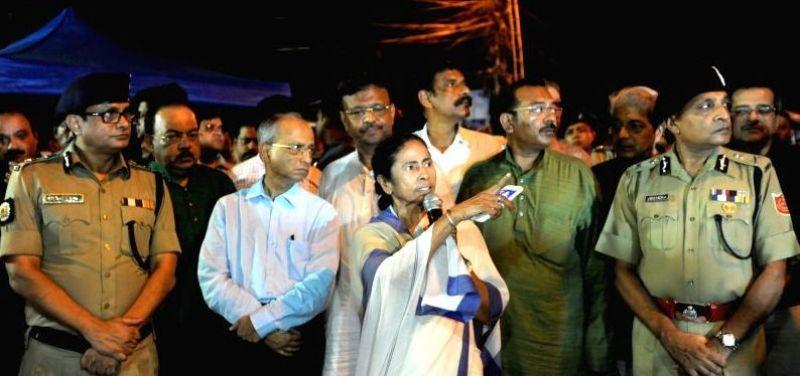 Mamata Banerjee will hold an emergency meeting