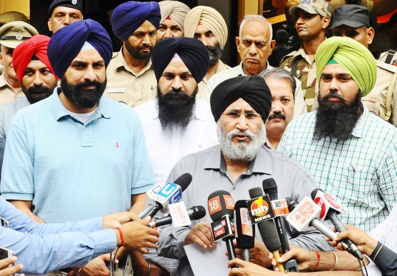 Majithia briefed the Election Commissioner that the extreme intimidation unleashed by Congress goondas