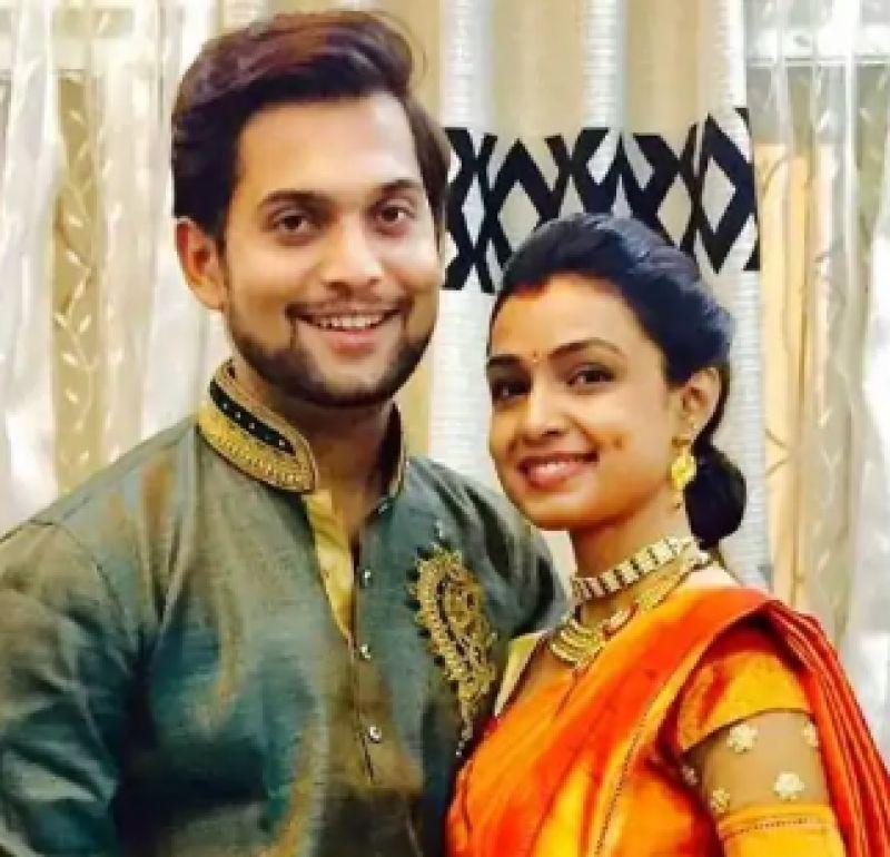Ashutosh Bhakre with wife